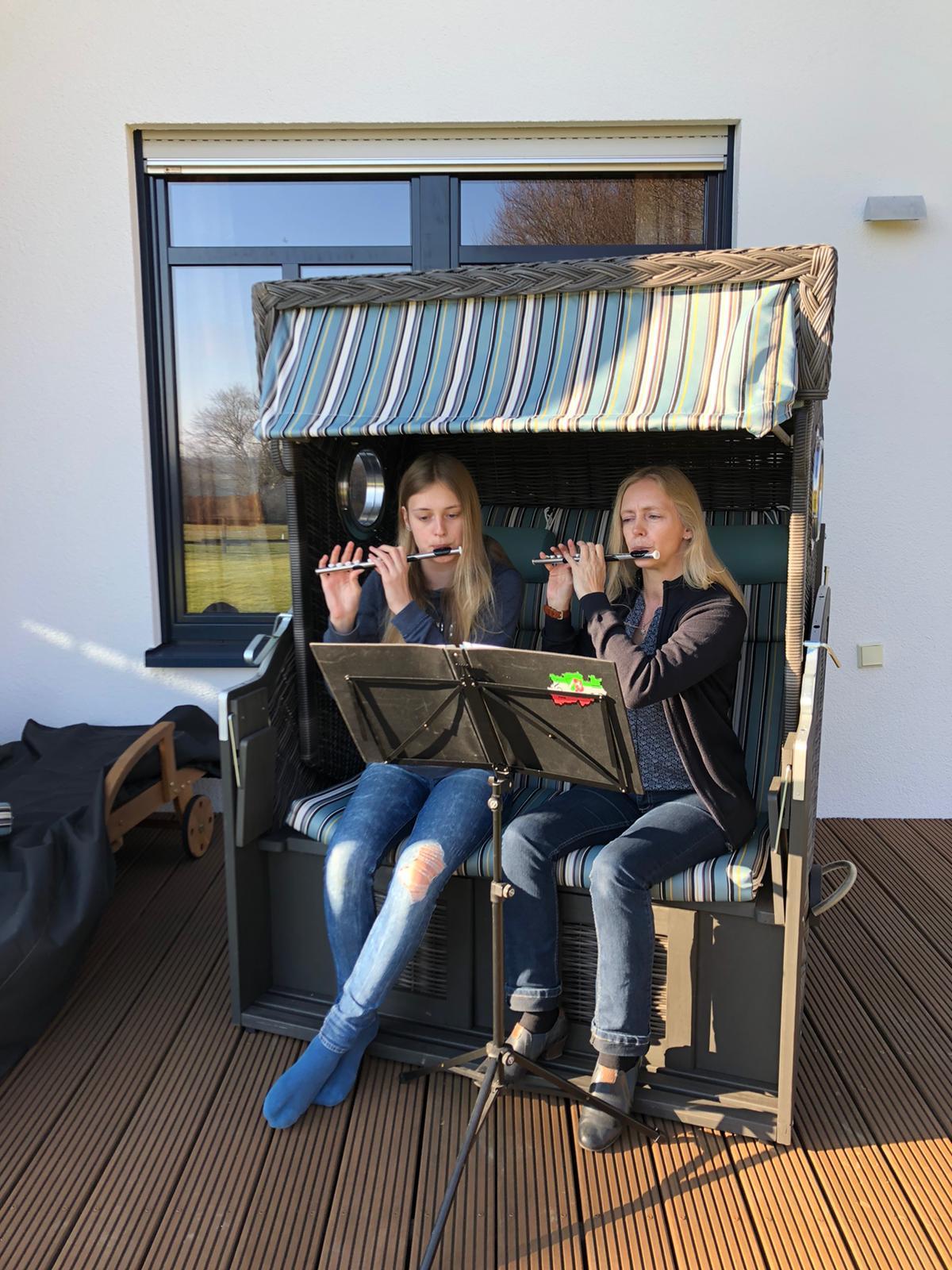 Musik am Fenster